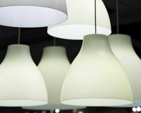 10 Ways to Use Lighting Efficiently
